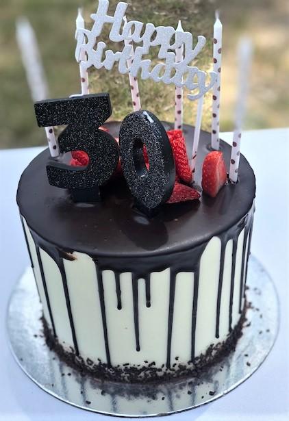 Hodgkison celebrates 30 years in business